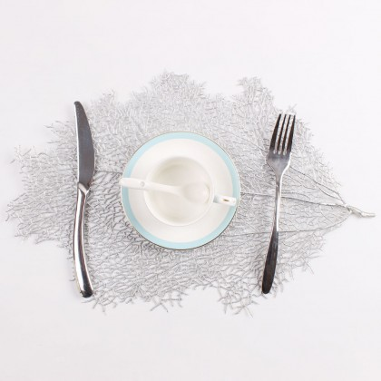 Silver Table Mat Europian Style Leaves Design PVC Pelapik Alas Meja For Ramadhan Hari Raya Dining Table Decoration 欧式烫金树叶餐垫